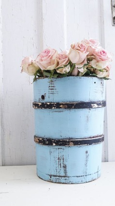 how to make a shabby chic memo board-1