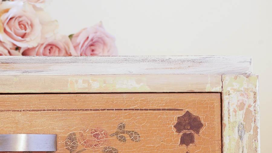 Shabby Chic Dresser-26