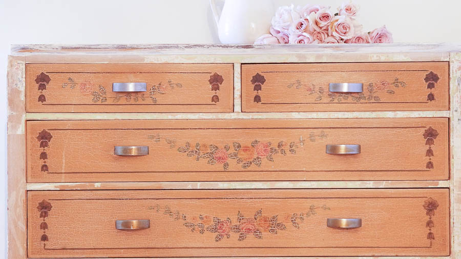 Shabby Chic Dresser-35