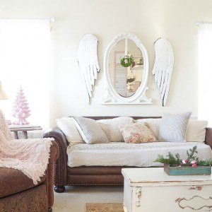 White Lace Cottage Christmas Home Tour-139