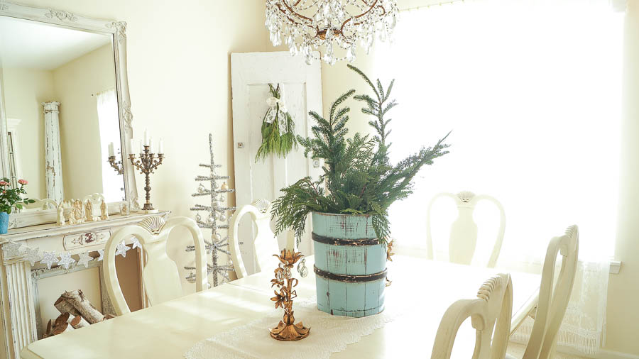 White Lace Cottage Christmas Home Tour-91