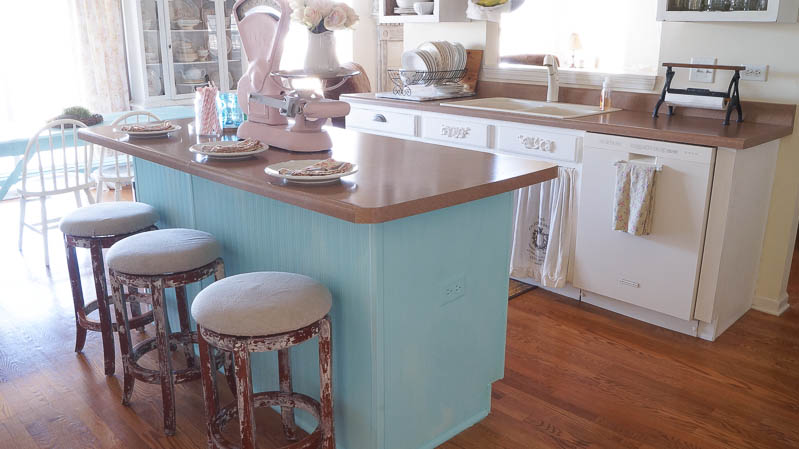 heirloom traditions paint synergy french vanilla shabby chic kitchen white lace cottage (3 of 65)