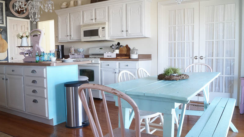 heirloom traditions paint synergy french vanilla shabby chic kitchen white lace cottage (45 of 65)