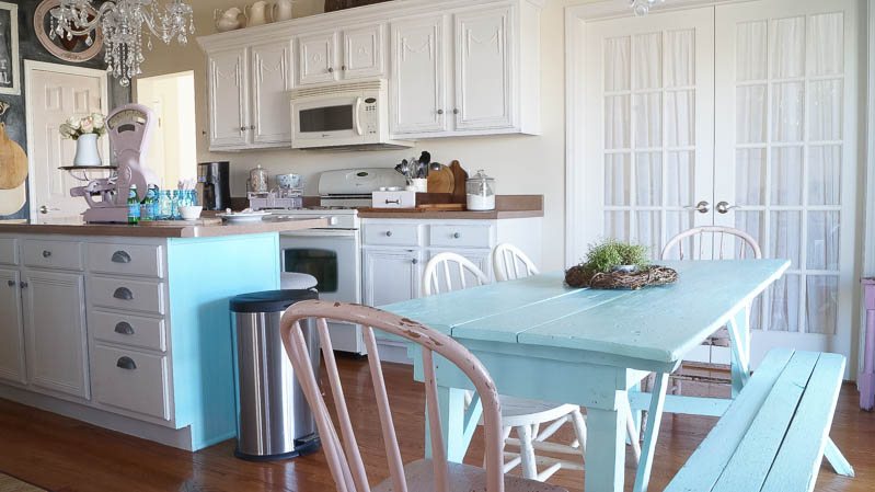 heirloom traditions paint synergy french vanilla shabby chic kitchen white lace cottage (46 of 65)