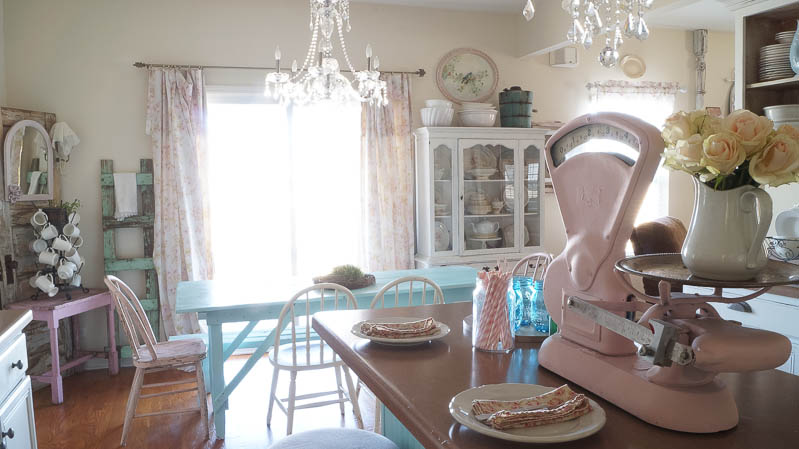 heirloom traditions paint synergy french vanilla shabby chic kitchen white lace cottage (65 of 65)