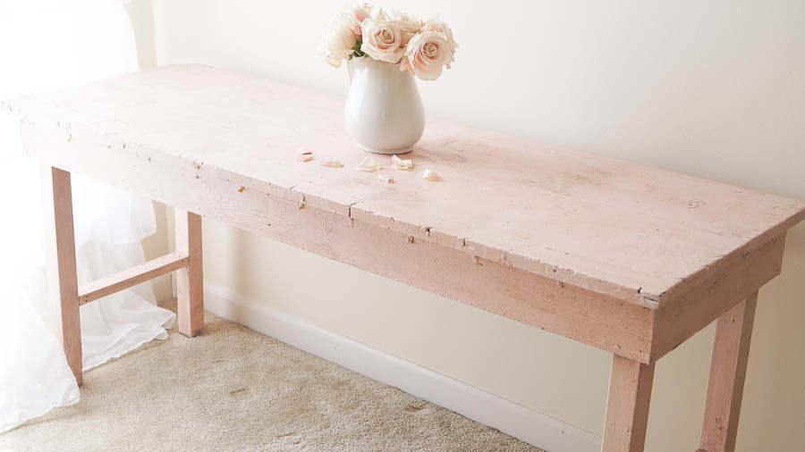 Here's an easy way to update shabby chic furniture. This was found on the curb, but I knew that I could easily update it with a little paint and dark wax. This looks totally different and so authentic. I know Rachel Ashwell would be thrilled to have this piece!