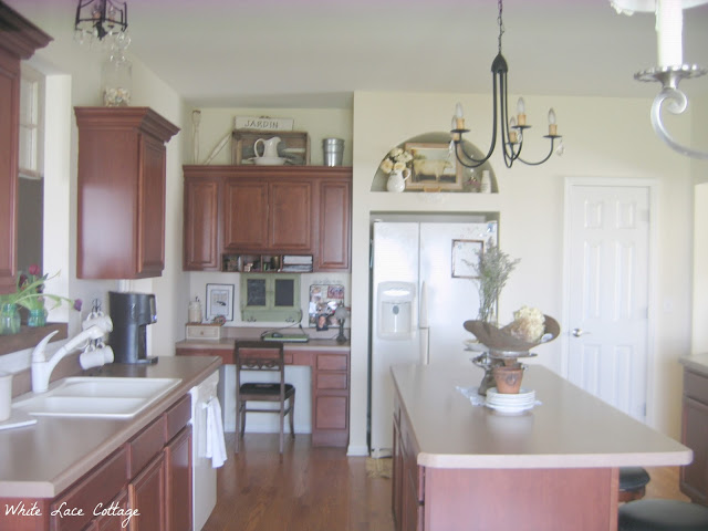 chalk painted kitchen cabinets never again - Chalk Painted Kitchen Cabinets