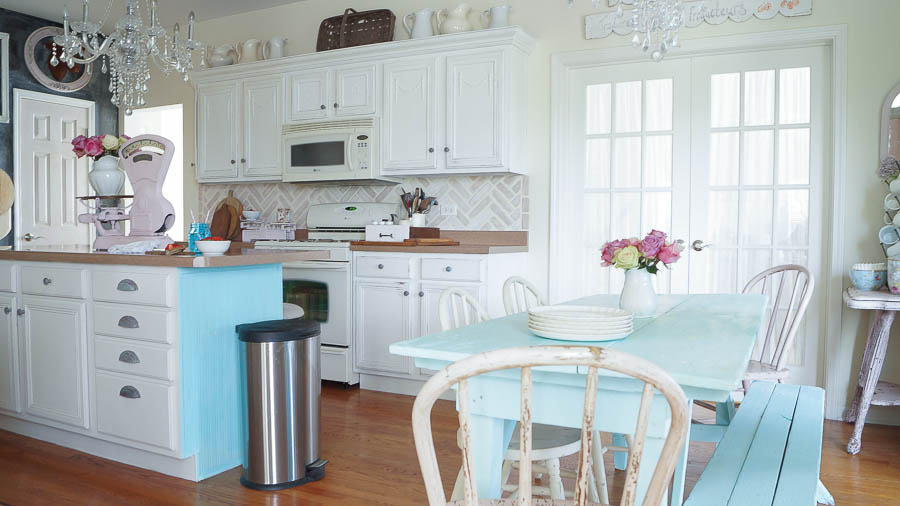 Kitchen Cabinets Ideas painting kitchen cabinets with chalk paint : Painting Kitchen Cabinets Chalk Or Latex