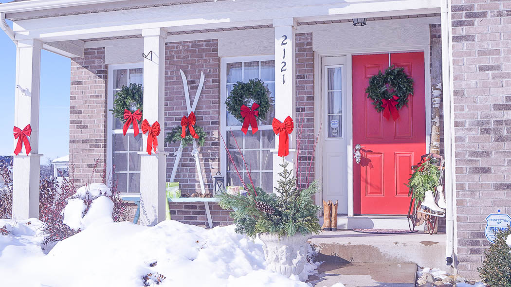 holiday decorating on a porch-08250