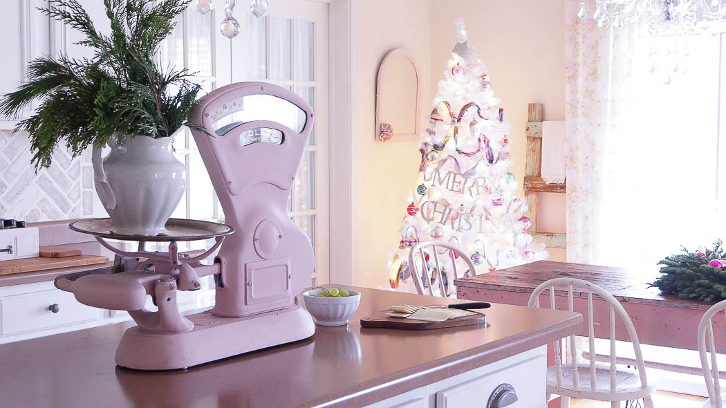 white lace cottage holiday christmas home tour shabby chic-07588