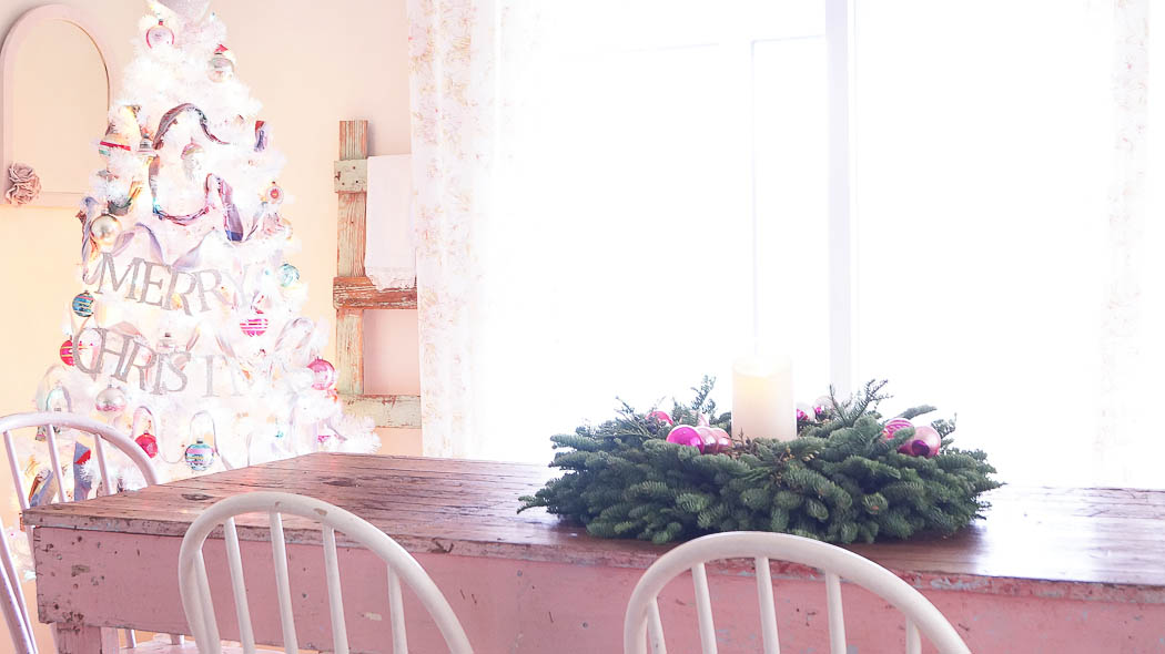 Christmas kitchen decorating ideas|White Lace Cottage