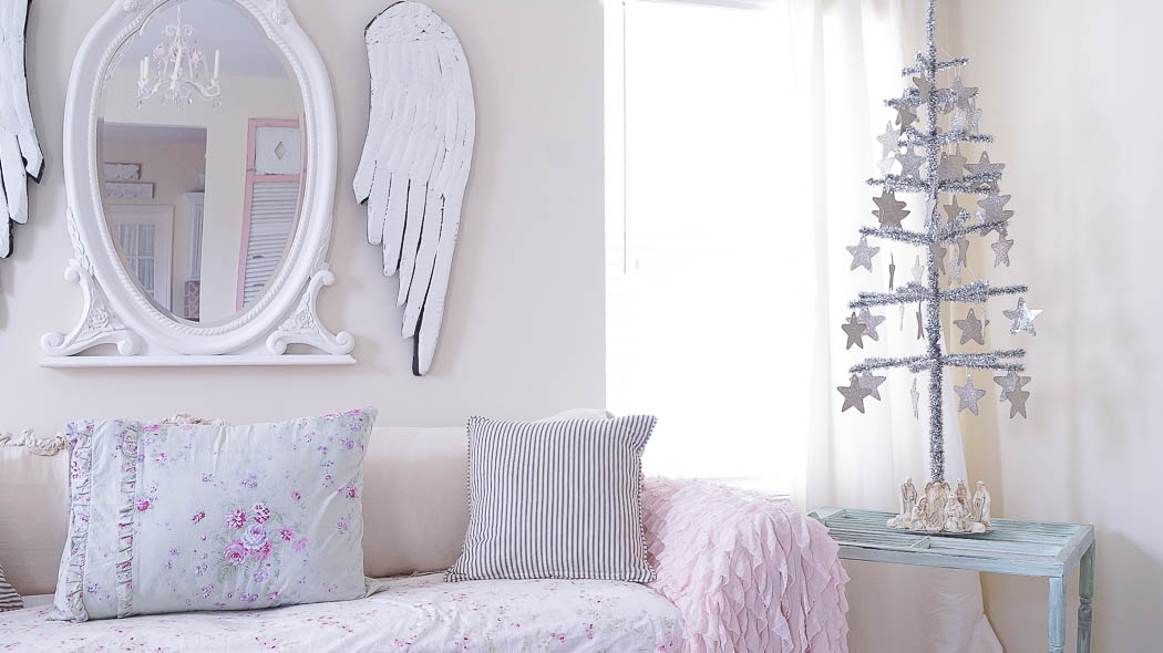 white lace cottage holiday christmas home tour shabby chic-07698