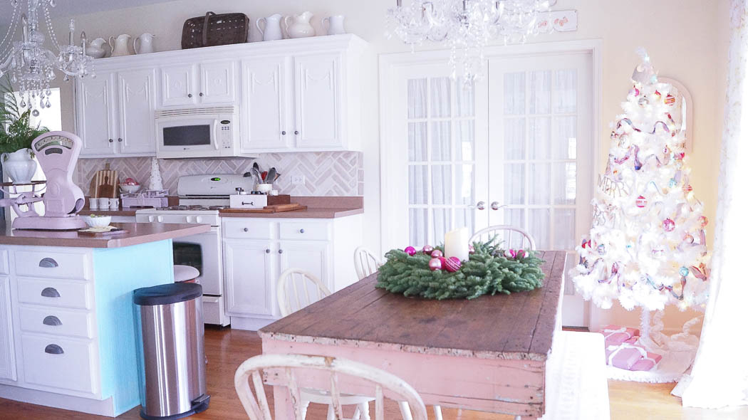 white lace cottage holiday christmas home tour shabby chic-07867