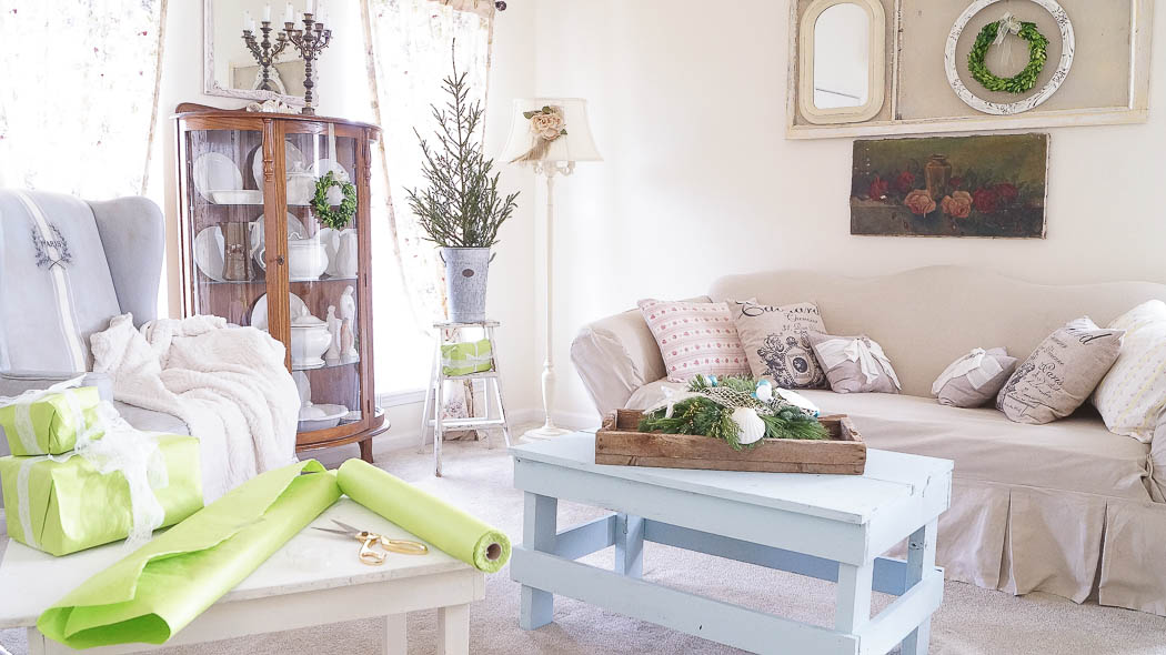 white lace cottage holiday christmas home tour shabby chic-07958