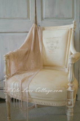 043Frenchchair