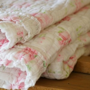 rose bed spread vintage
