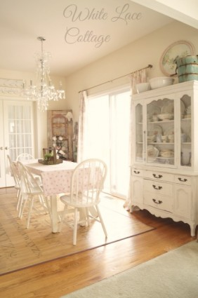 shabby farmhouse kitchen