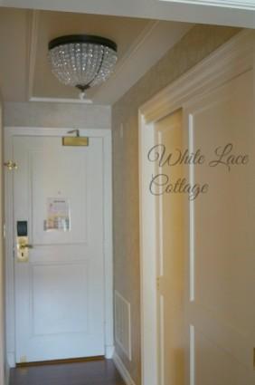 chandelier foyer