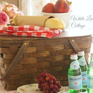 I Love Vintage Picnic Baskets