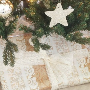 How to make a no sew tree skirt-8