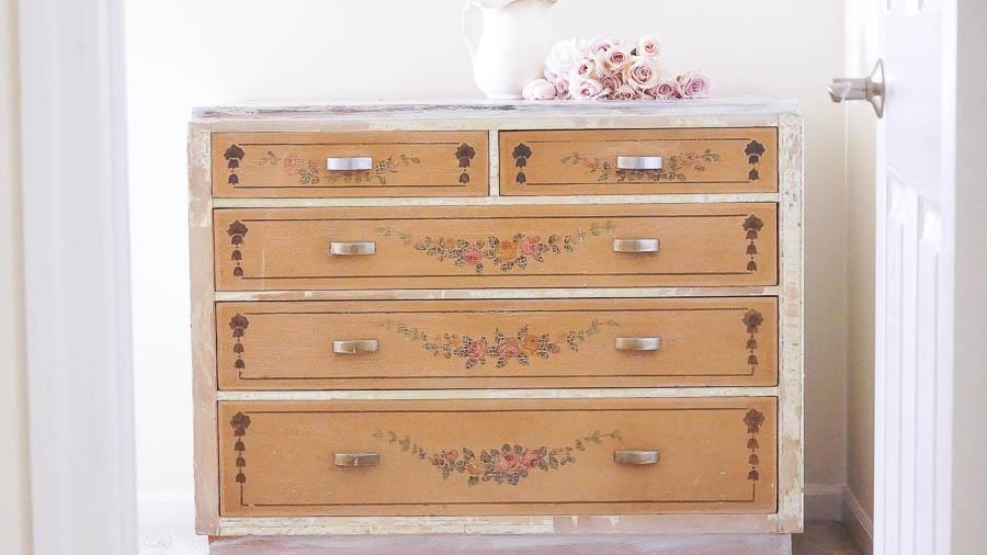 Shabby Chic Dresser-1
