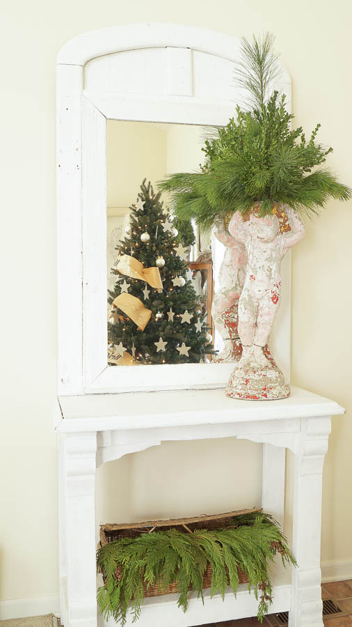 White Lace Cottage Christmas Home Tour-33