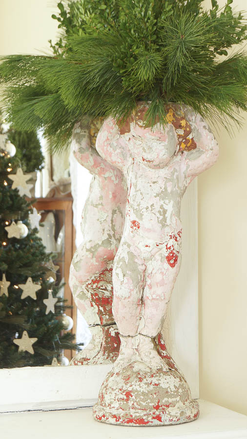 White Lace Cottage Christmas Home Tour-35