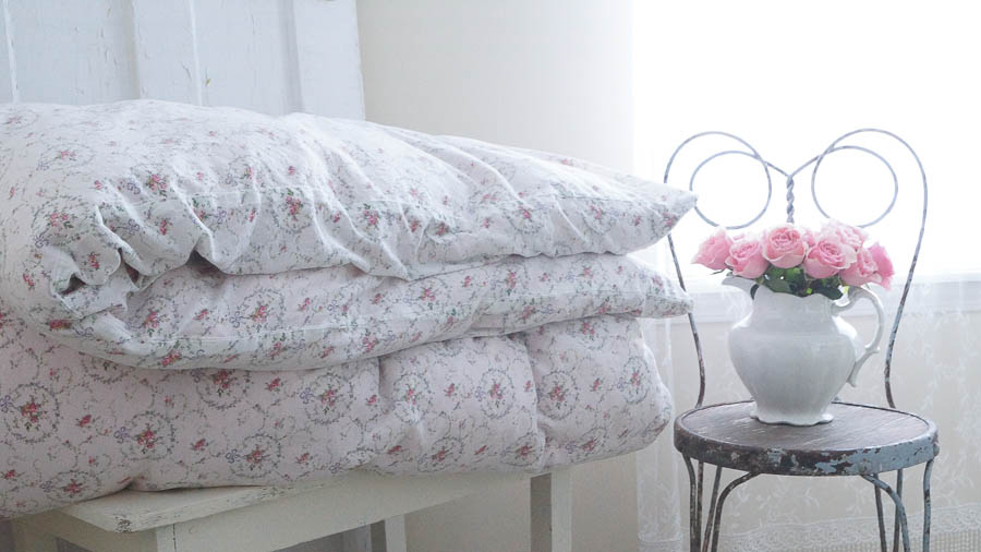 Washing A Vintage Feather Comforter - White Lace Cottage : wash a quilt - Adamdwight.com