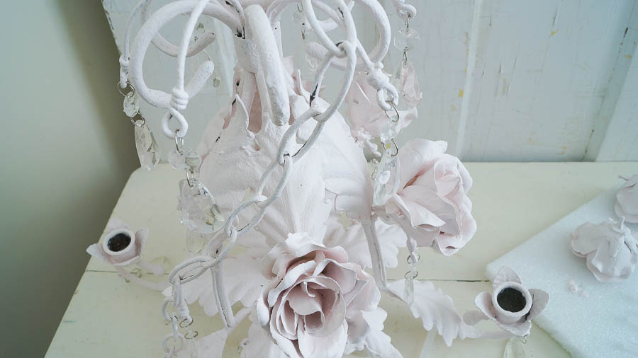 Faux Shabby Chic Tole Chandelier (15 of 47)