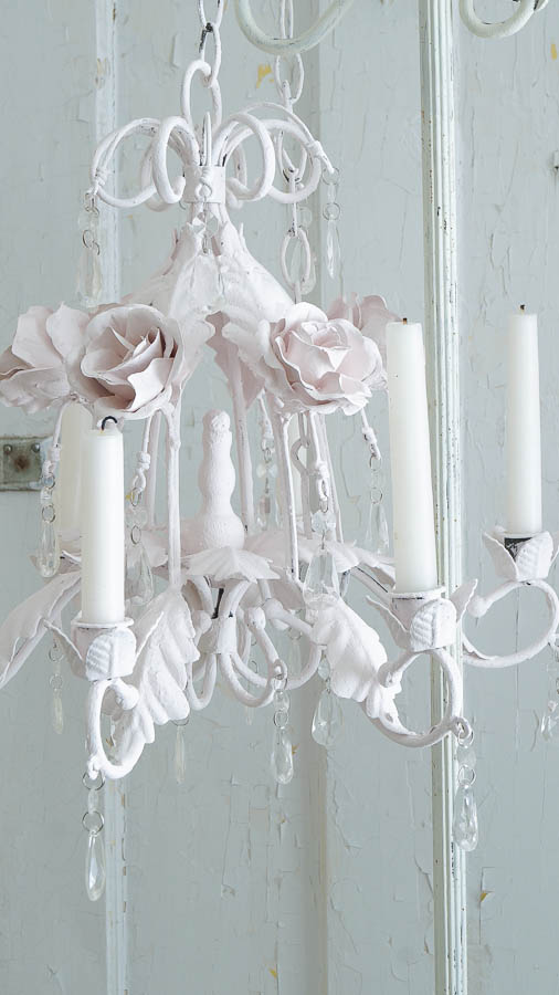 Faux Shabby Chic Tole Chandelier (36 of 47)