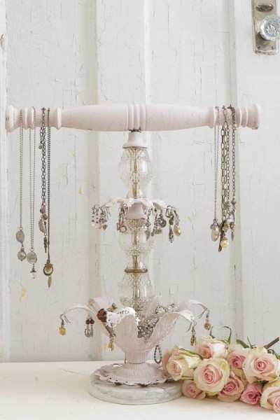 DIY Repurposed Jewelry Holder