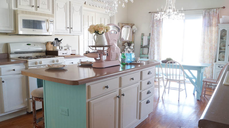 heirloom traditions paint synergy french vanilla shabby chic kitchen white lace cottage (15 of 65)