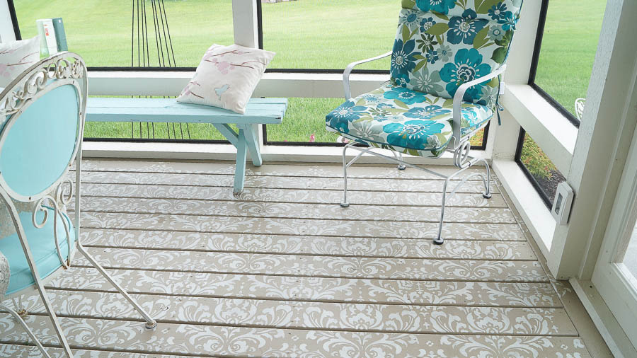 decorating a porch with balsam hill (62 of 89)