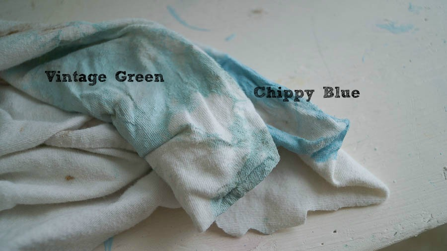 Vintage Green Chippy Blue white lace cottage hierloom traditions piant (15 of 31)