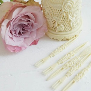 white lace cottage shabby chic treasures in shop (67 of 79)