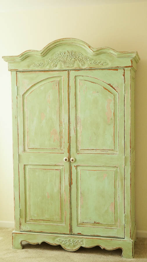 white lace cottage heirloom traditions paint how to add authentic chippy patina to furniture (33 of 33)