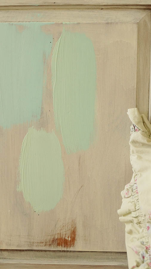 white lace cottage heirloom traditions paint how to add authentic chippy patina to furniture (4 of 33)