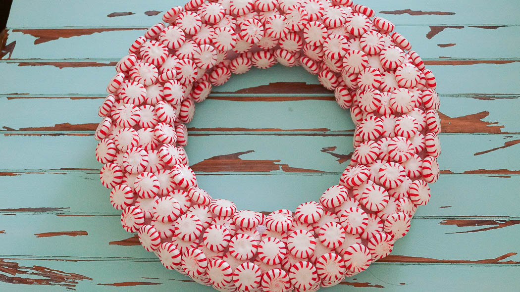 How to make a peppermint wreath|White Lace Cottage