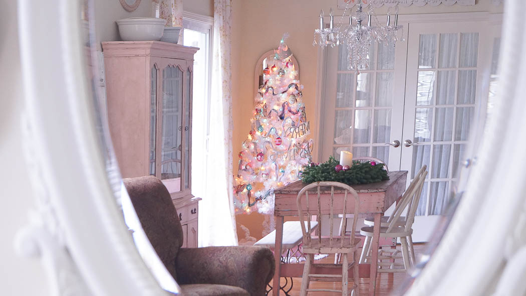white lace cottage holiday christmas home tour shabby chic-07782