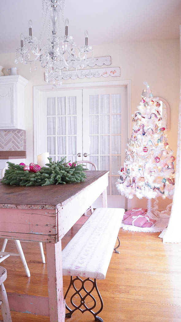 Kitchen Christmas Tour|White Lace Cottage