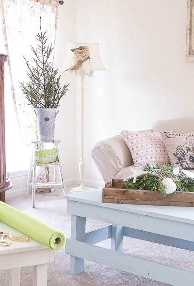 White Lace Cottage Christmas Home Tour