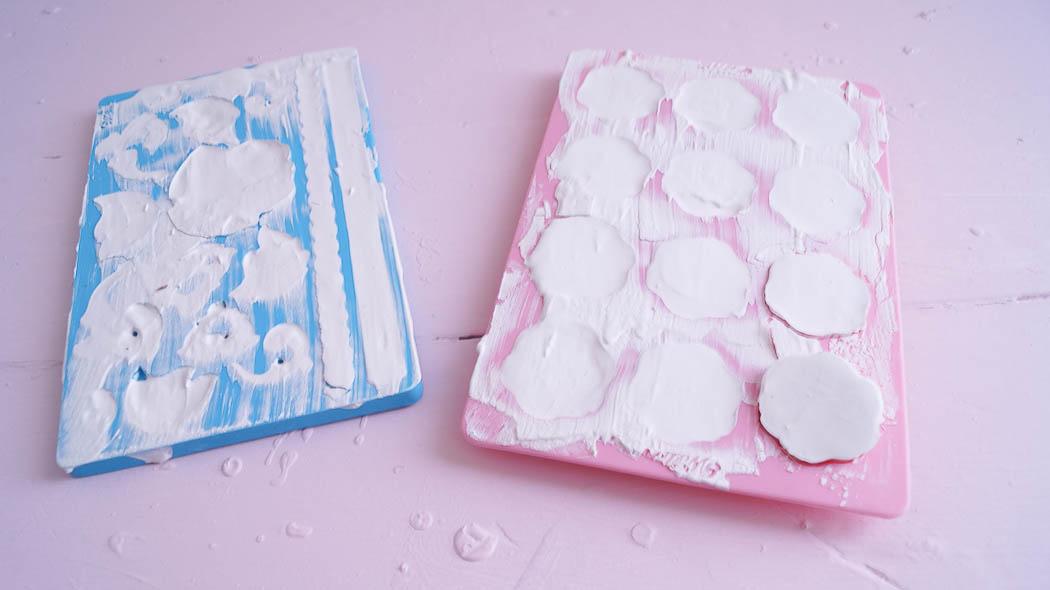 Create appliques using fondant molds