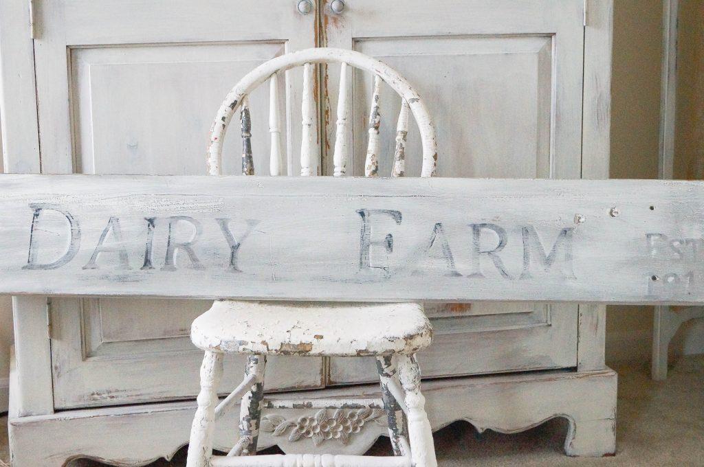 How To Make A Farmhouse Sign