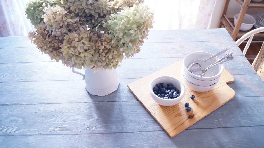 how-to-dry-brush-furniture-using-wax-