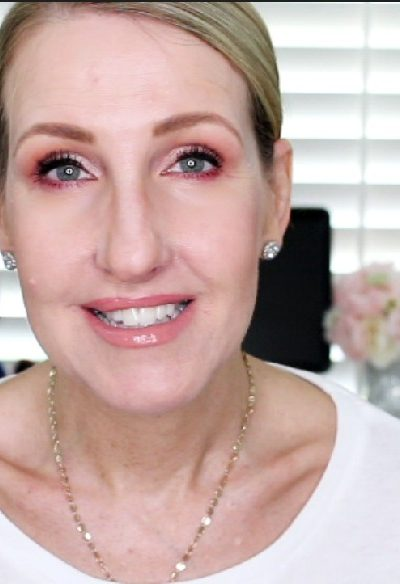 HOW TO AVOID CREPEY EYES FOR MATURE WOMEN